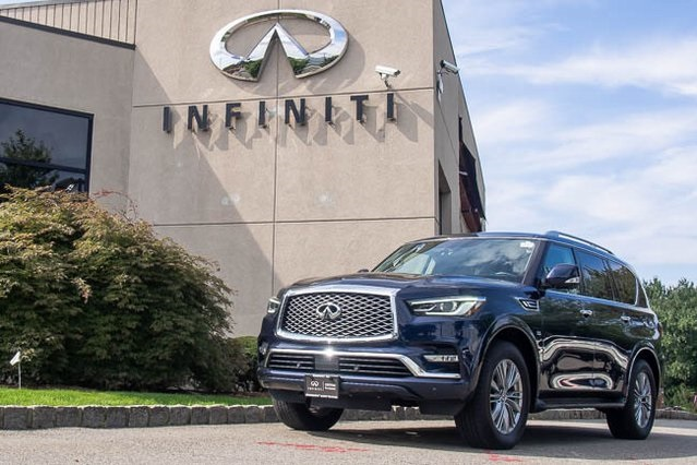 Pre-Owned 2018 INFINITI QX80 ALL WHEEL DRIVE NAVIGATION
