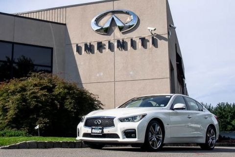Certified Pre-Owned 2017 INFINITI Q50 ALL WHEEL DRIVE SPORT,DESIGN PACKAGE