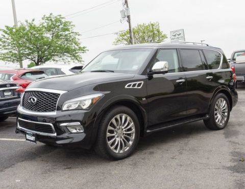 Certified Pre-Owned 2017 INFINITI QX80 Deluxe Technology Package
